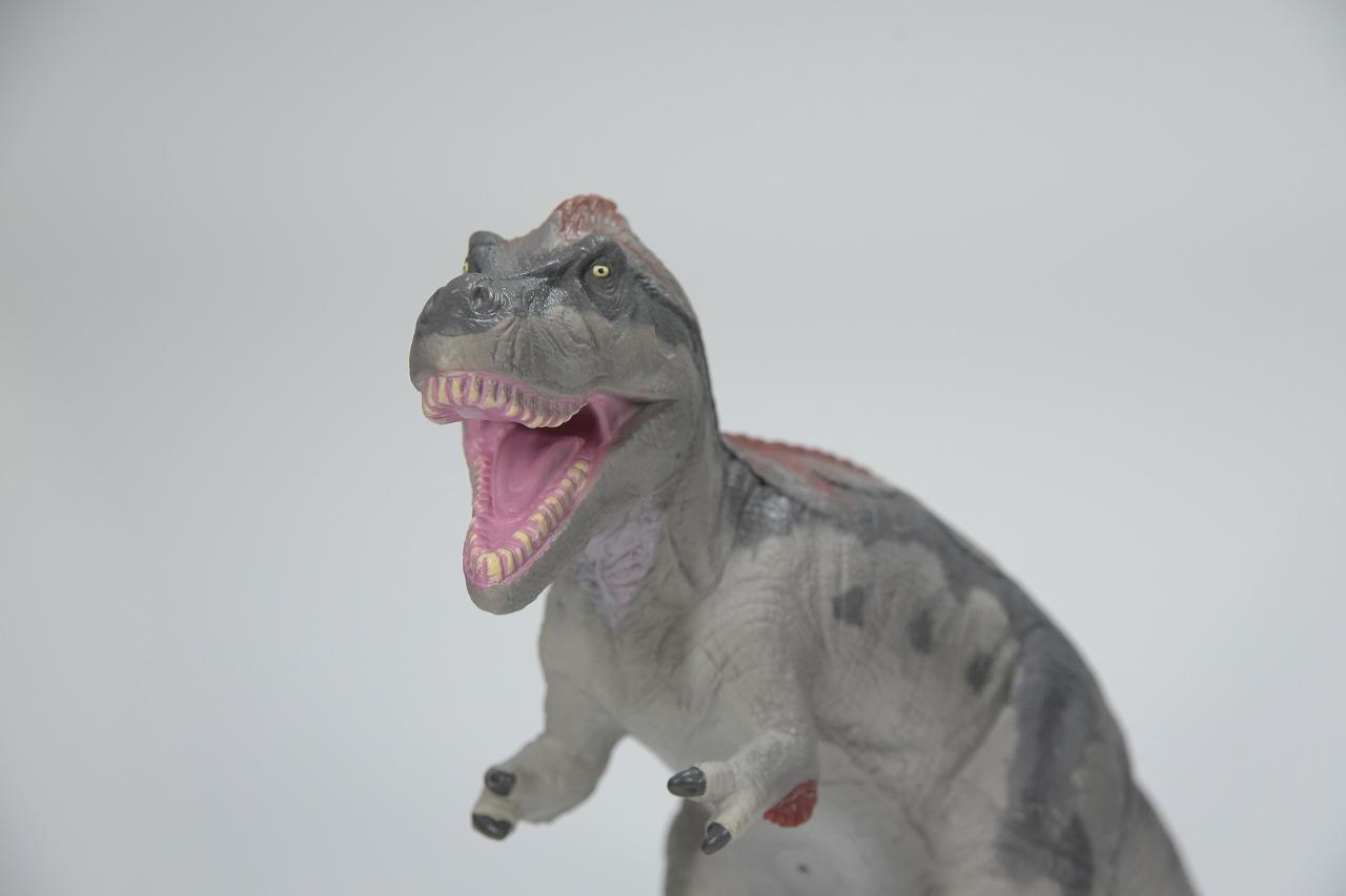 【Favorite】羽毛ティラノサウルス グレー ビニールモデル