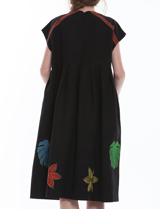 ヘビーリネン ワンピース(ブラック) ボーダー&リーフ柄 ドローイング刺繍