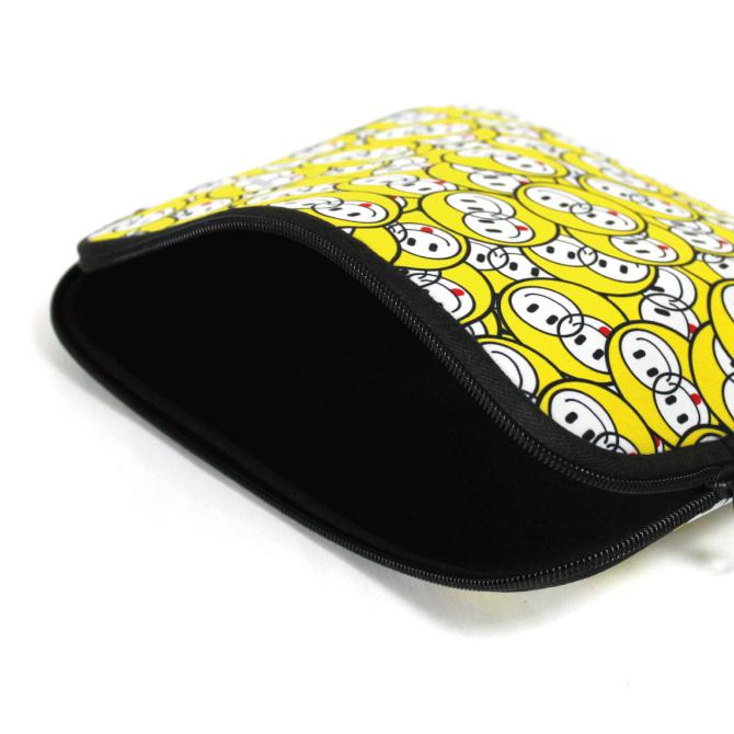15インチ ノートPC・タブレットケース Zebra camo ブラック design by ROTM