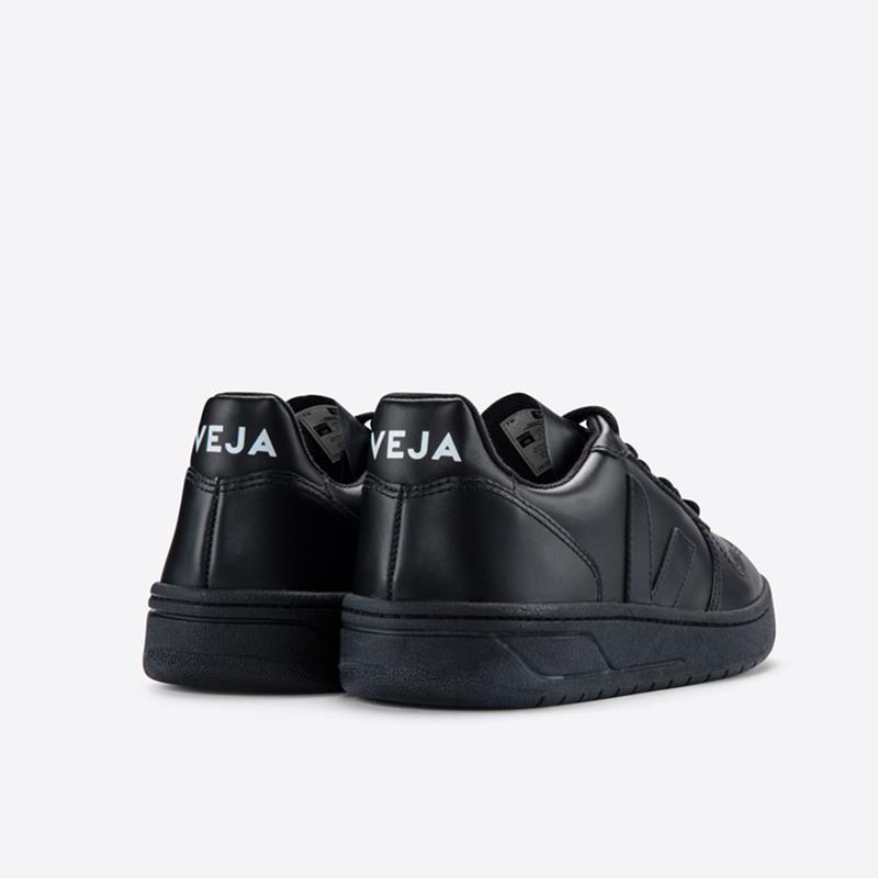 VEJA(ヴェジャ) V-10 ALL BLACK