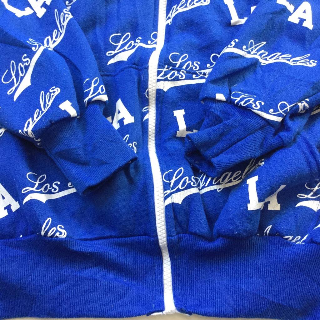 LA Los Angeles ロサンゼルス アメリカ古着 ジップアップパーカー フード 送料無料 メンズ S/青・ブルー フルプリント 総柄 ロゴ スポーツ カジュアル MADE IN USA  輸入品 古着卸 URBAN BRAND UB
