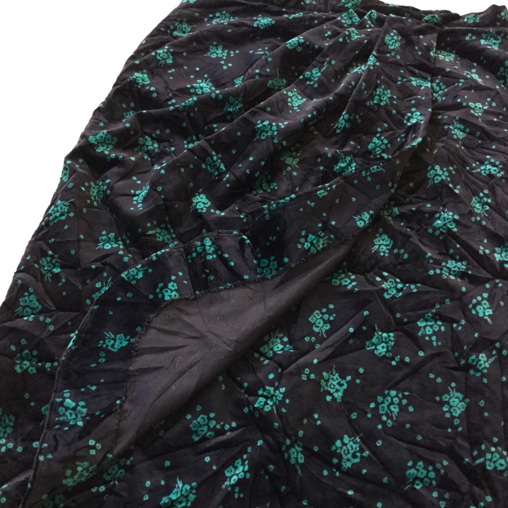 アメリカ古着 ベロアスカート タイトスカート 送料無料 レディース W80/黒x緑 小花柄 別珍 オールドアメリカ アメカジ モード ペンシル ハンドメイド USA アメカジ 古着卸 業販