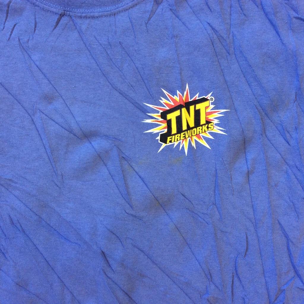TNT FIREWORKS ファイヤーワーク 花火メーカー 半袖Tシャツ 送料無料 XL/すみれ・紫 アメリカ直輸入 アメカジ 大きいサイズ ビッグサイズ 古着卸 火薬