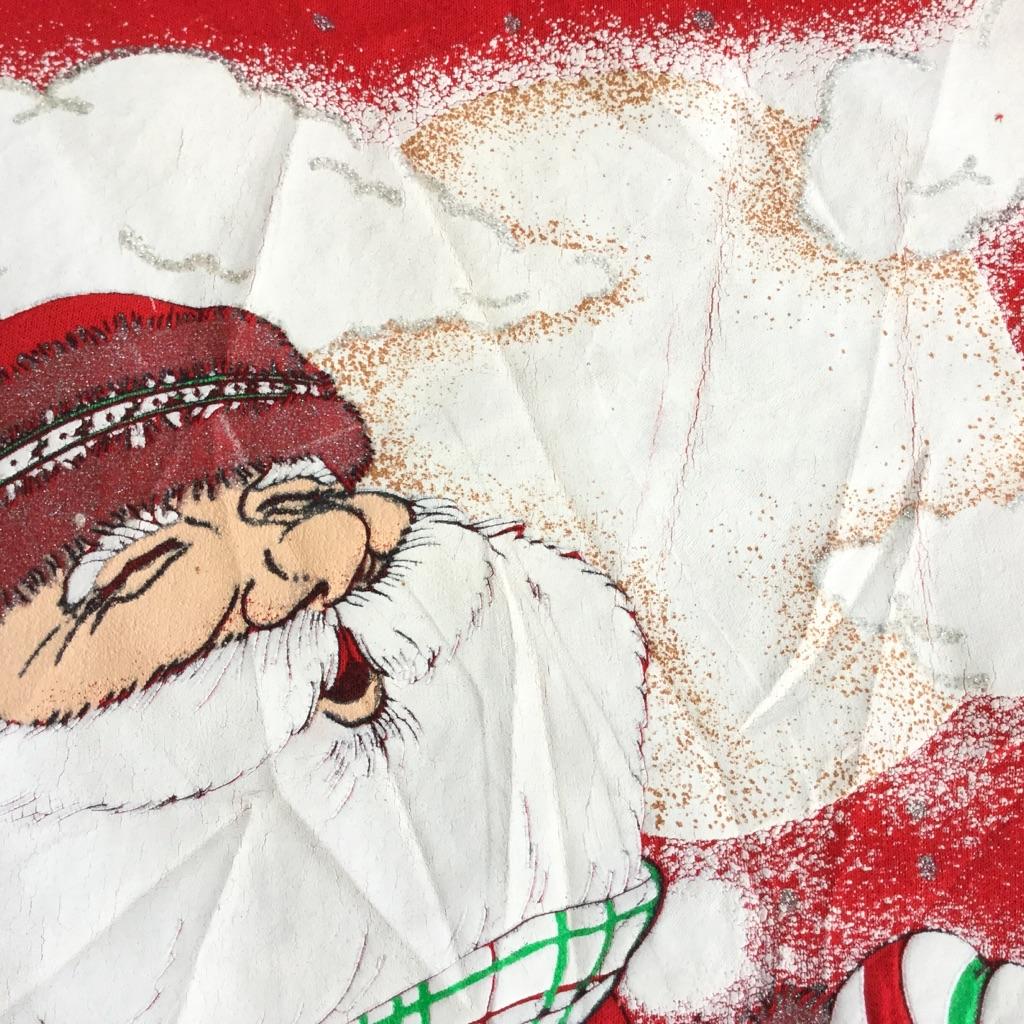 サンタクローススウェット HOLIDAY TIME アメリカ直輸入 トレーナー 送料無料 レディース 18W/L-XL/赤・レッド クリスマス プレゼント 子供 クマ ソリ ヒイラギ X'mas オールド MADE IN USA 古着卸 送料無料 カジュアル スペシャル 米国製 大きい ビッグ オーバー
