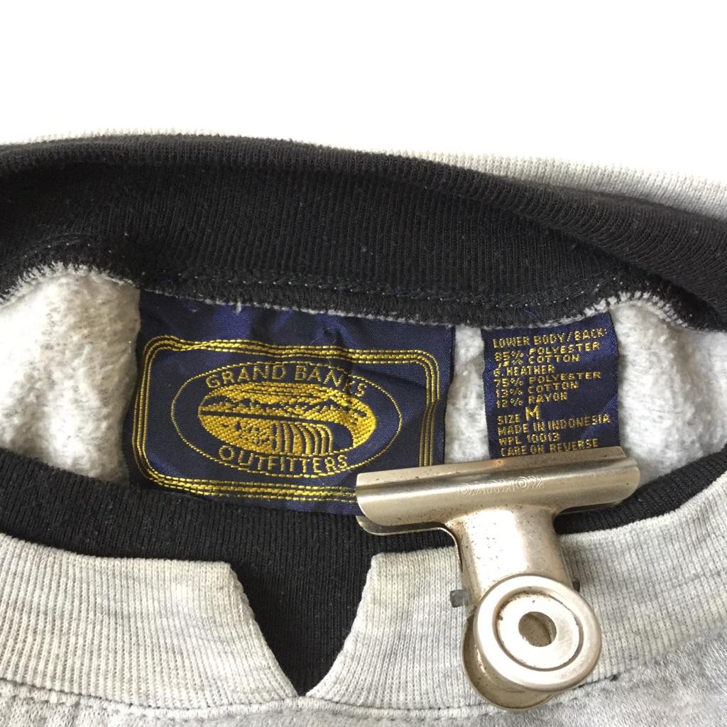GRAND BANKS OUTFITTERS スウェット トレーナー送料無料 M/グレーxブラックxレッド アンサンブルネック 切替 ストライプ U.S.A. 古着卸 送料無料 輸入品 メンズ レディース ユニセックス ダサかわ