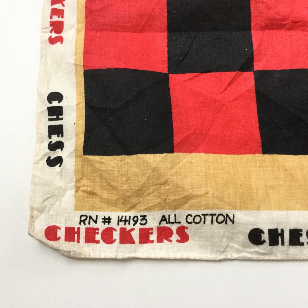 CHESS チェス盤 プリントバンダナ アメリカ直輸入 綿100% 送料無料 赤x黒 チェッカーズ ALL COTTON 古着卸 業販 ハンカチ ゲームCHECKERS
