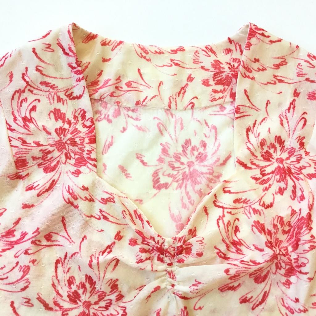 アメリカ古着 半袖ワンピース 総柄ドレス レディース S-M/クリームx赤 花柄 フラワープリント フレアスカート ポリワンピース ポップ オールドアメリカ アメカジ USA 古着御 送料無料