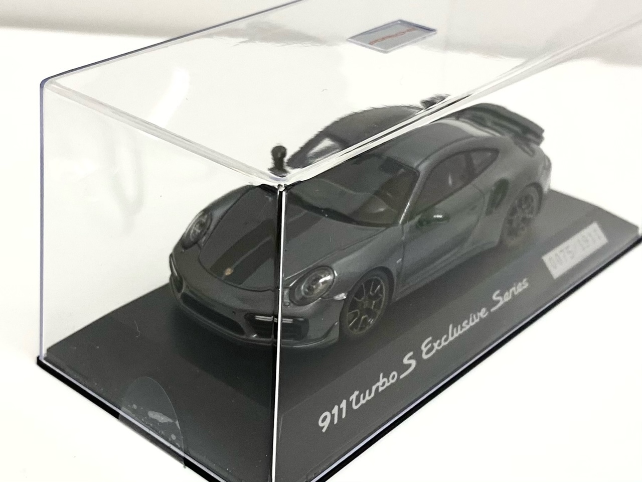 ポルシェ特注品 Porsche 911 Turbo S Exclusive Series gray metallic