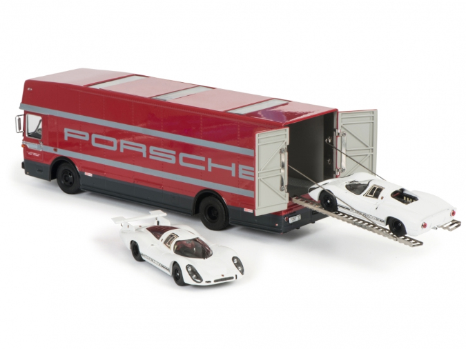 """Set """"Edition 70 Jahre Porsche"""" Renntransporter mit Porsche 908 KH und LH"""