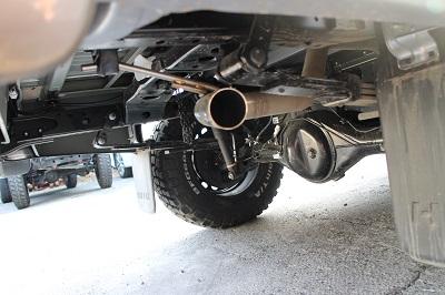 125ハイラックス後期 車検対応マフラーVer.1 <リアタイヤ後ろサイド出し>