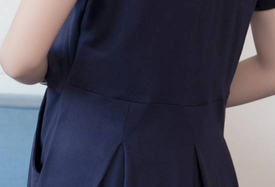 コピーショート丈のプリントトップスがおしゃれな半袖のスカートセットアップ