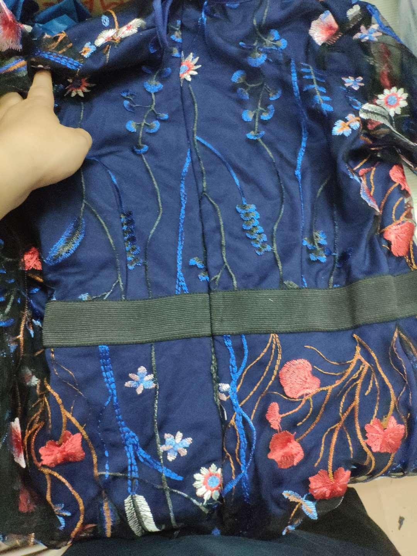 ボヘミアン風 花柄刺繍 ワンピース
