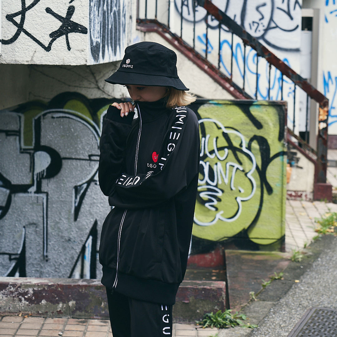 <受注生産>EGUMI TULIPS BUCKET HAT【BLACK】
