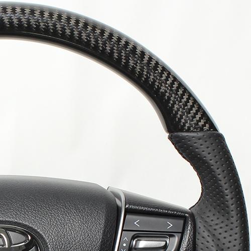 REAL ステアリング プレミアムシリーズ ヴェルファイア30系/アルファード  [ラウンドシェイプ] ブラックカーボン ブラックユーロステッチ