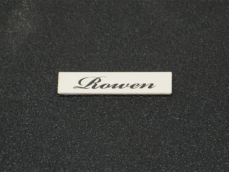 「Rowen」ロゴ銘板 *筆記体 *ステンレス製
