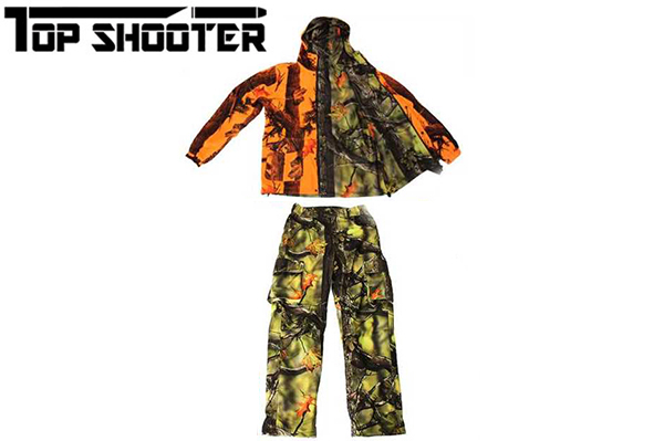 期間限定 お得な上下2点セット価格!<BR>トップシューター<BR>冬季用 リバーシブル迷彩ジャンパー&迷彩パンツ 上下セット<BR>ジャケット1着とパンツ1着の2点セットです。