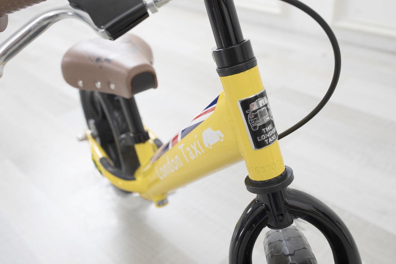 【大人気!】バランスバイク ロンドンタクシーキックバイク イエロー ペダル無し自転車