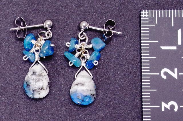 チタンピアス 天然石   K2アズライトとブルーアパタイトのピアス