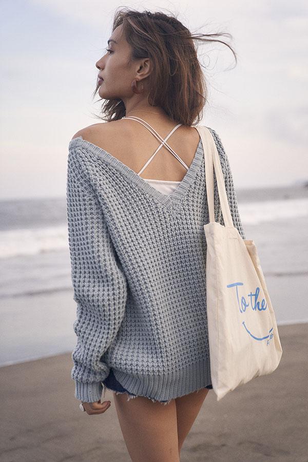 【10/2 NEW!】ワッフルVネックアイレットニット To the sea
