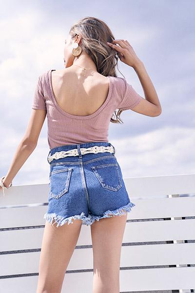 カップ付ランダムリブバックオープンTシャツ To the sea