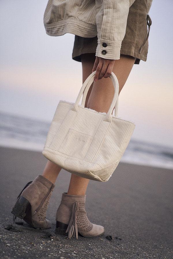 【9/29 NEW!】ワイドコーデュロイバッグ To the sea