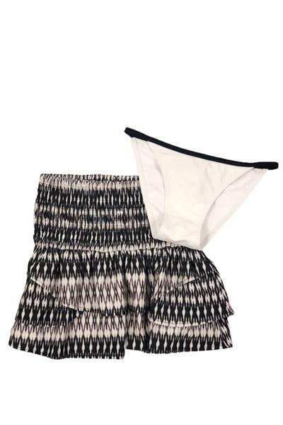 コンパクトショーツ×幾何学スカート 2点セット ホワイト shore kulani