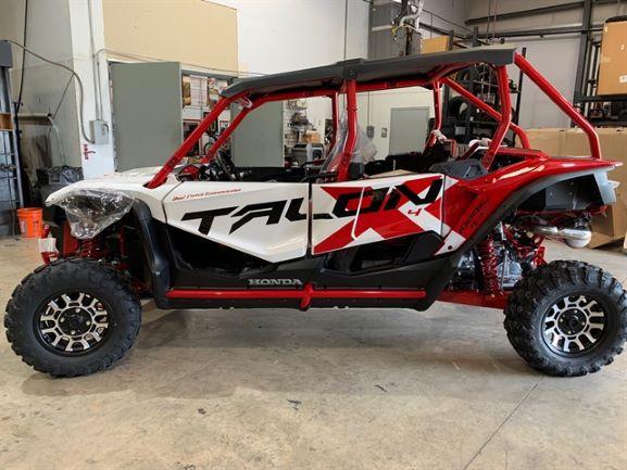 新着情報!!2021年モデルHONDA-TALON 1000X-4 FOX LIVE VALVE新車展示車両