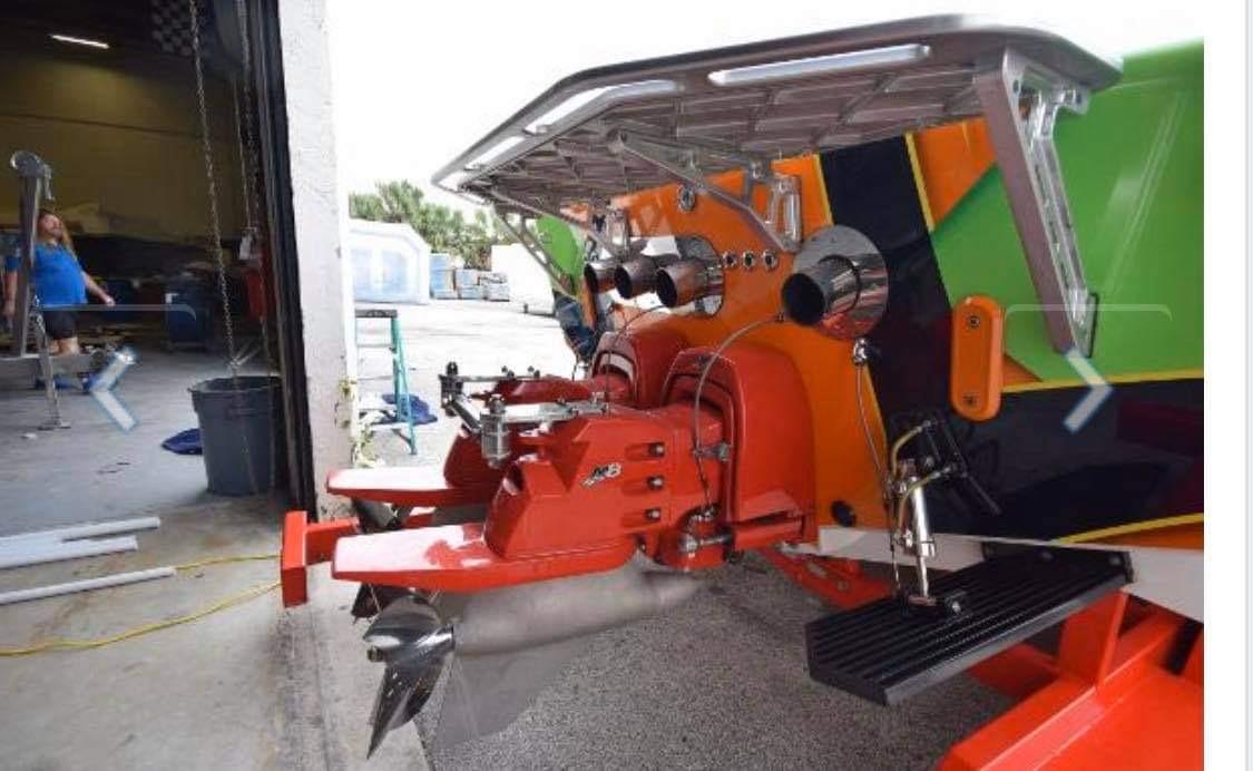 2008'Cigarette39 TopGun スぺシャルエディション2700hpツインターボエンジン搭載200kmオーバー