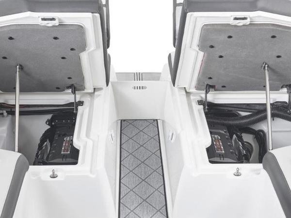 最新情報!! 2021 Yamaha Boats 275SD 新艇展示艇!!専用アルミトレーラー付き!!(USA) 消費税10%込みの価格!!艇数限定早期特別価格