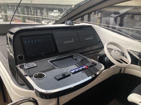 最新情報!! 2020年モデル Lexus LY 650 究極の1艇!!