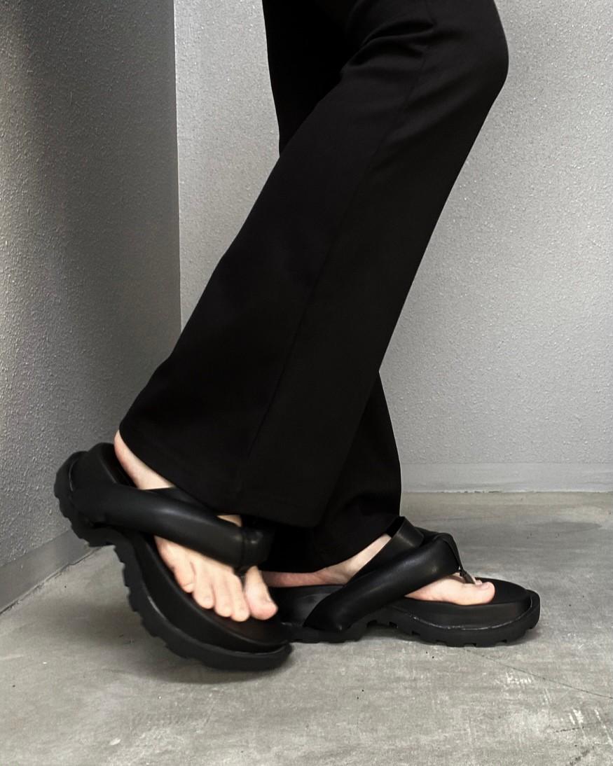 volume sandal