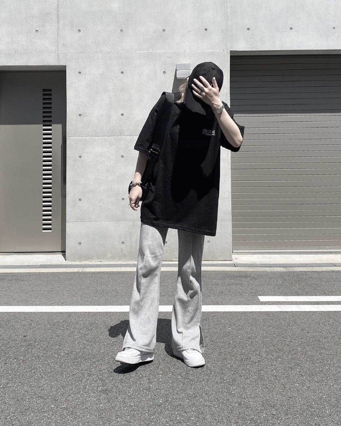 lose slit flare pants