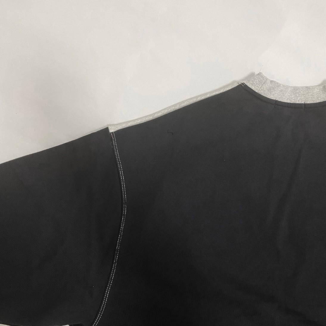 crazy pattern sweat
