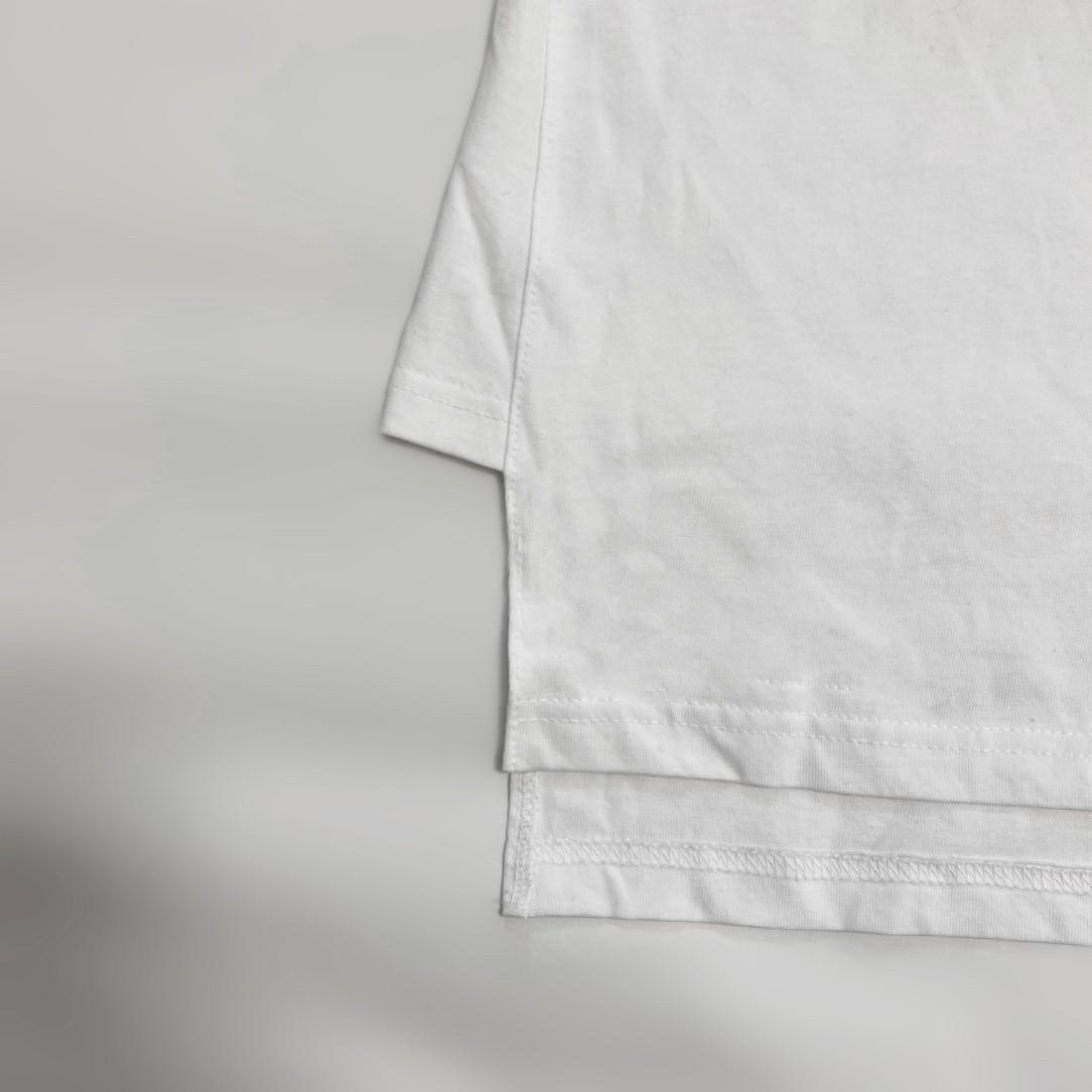 side design t-shirt