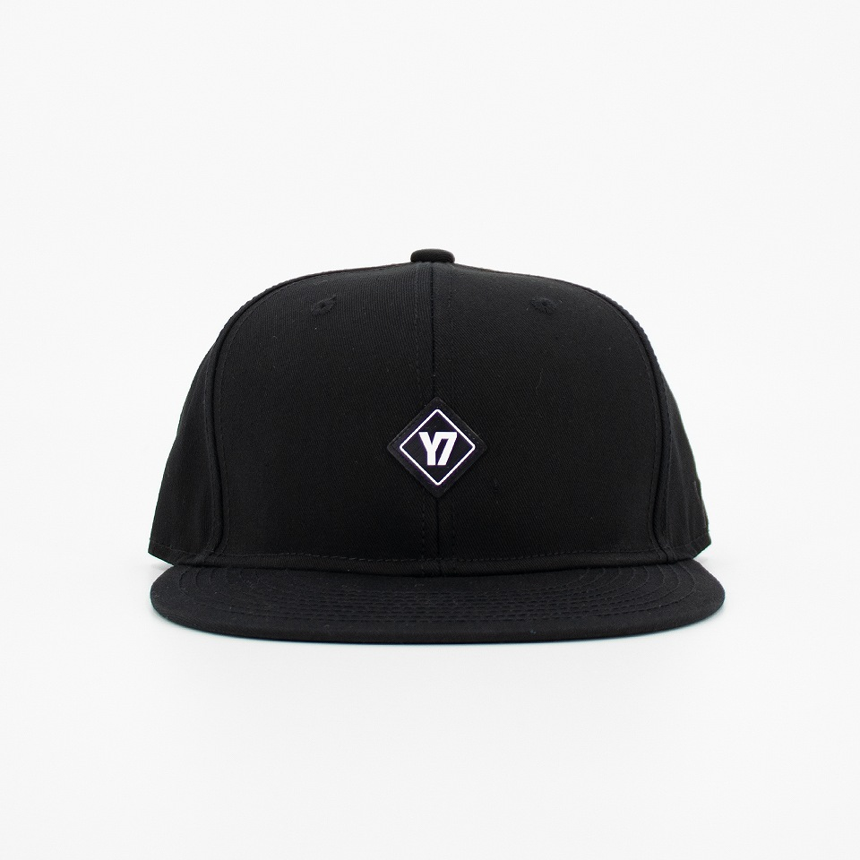 Y7-SNAPBACK CAP3