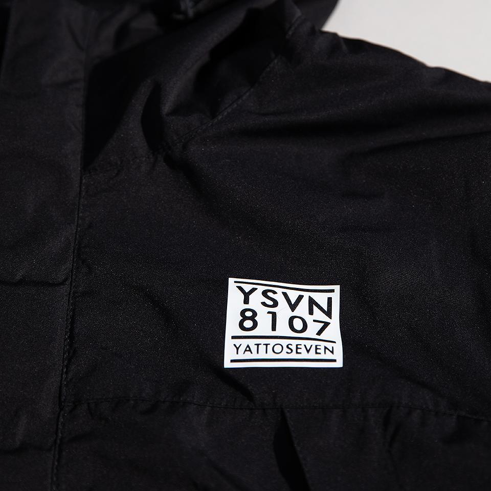 YSVNマウンテンパーカー