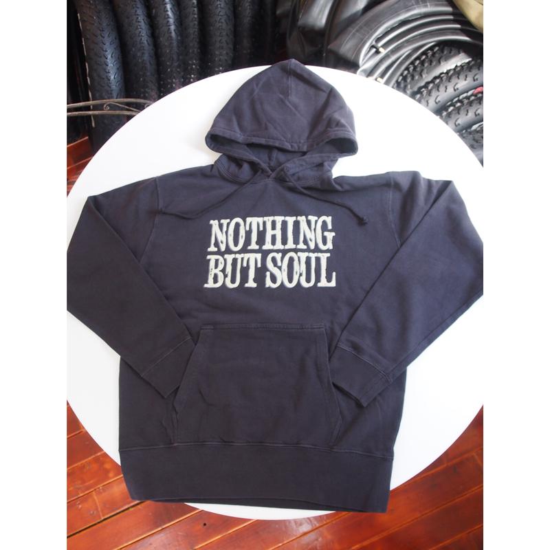 プルオーバーフード付きパーカー Nothing but soul