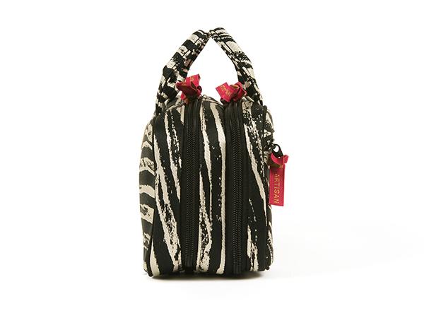 ビューラーポケット付きポーチ<Zebra Chic(ゼブラシック)>9WP-ZB02
