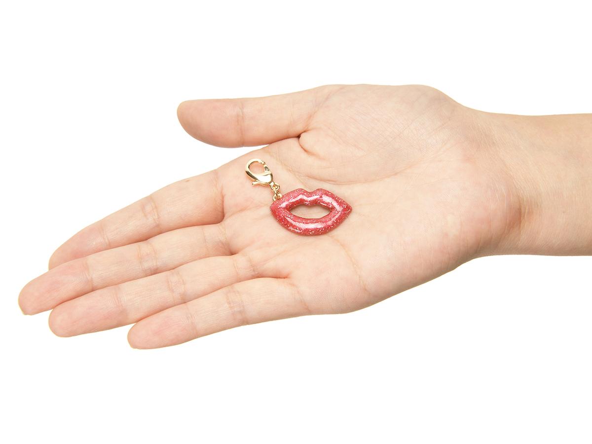 スロープシェイプ・ポーチ<Gorgeous Kiss(ゴージャス・キス)>9WP-KA110H