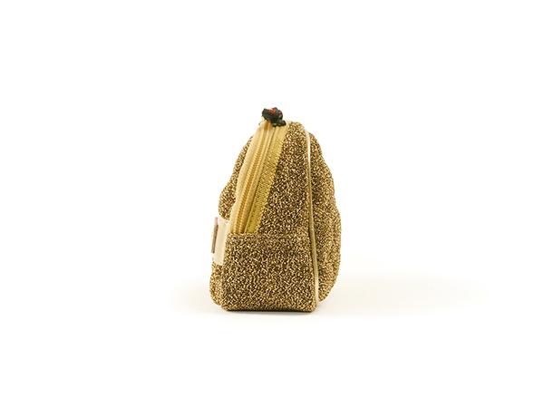 ミニマムサイズのスロープシェイプ・ポーチ<Shiny Golden Quilt(シャイニー・ゴールデン・キルト)>9WP-PC111