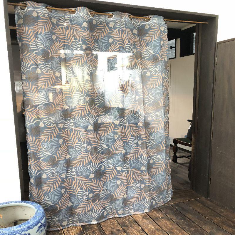 リング付きベールカーテン パームリーブス SOOTHING BREEZE SHLH1330 / SPICE OF LIFE