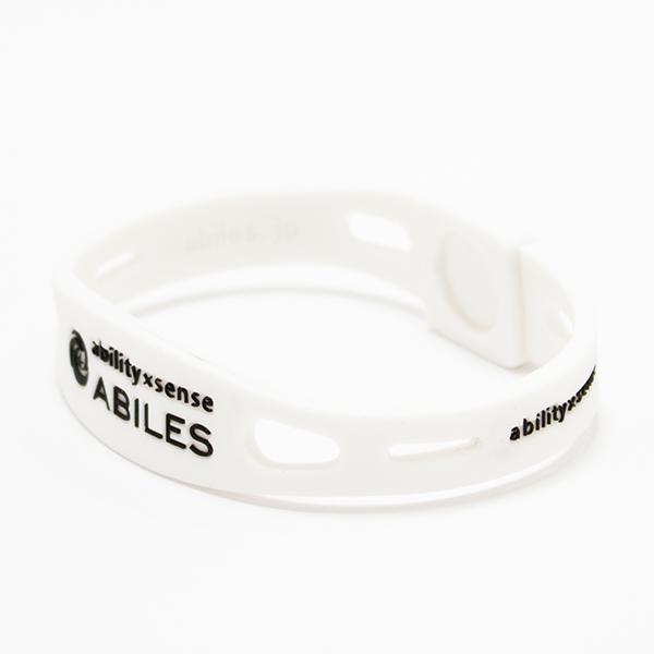 ABILES PRO Crystal ブレスレット/アンクレット【白×シルバーナイト】 5,600円(税別)web限定!