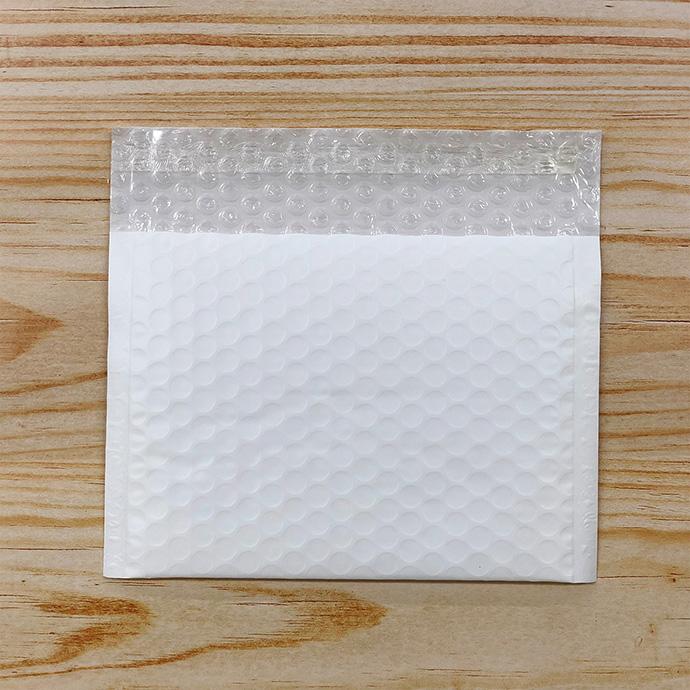 【10枚】クッション封筒 スリム薄型 耐水タイプ ホワイト SSサイズ(外寸180×120+40mm)