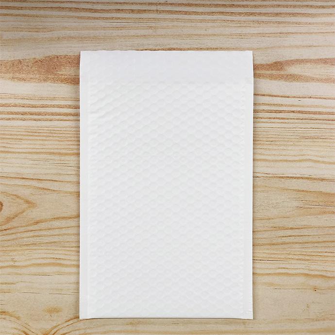 【800枚】クッション封筒 スリム薄型 耐水タイプ ホワイト ZEROサイズ(外寸190×254+40mm)
