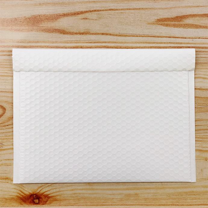 【30枚】クッション封筒 スリム薄型 耐水タイプ ホワイト Mサイズ(外寸280×205+40mm)