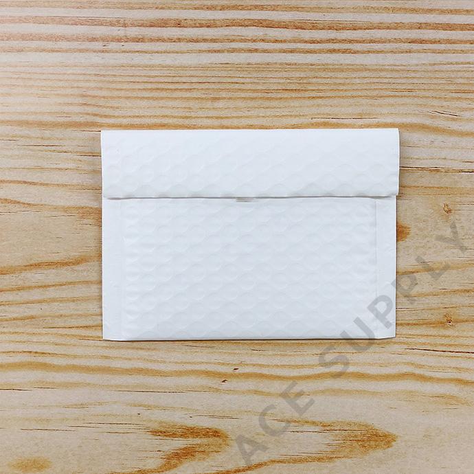 【3枚】クッション封筒 スリム薄型 耐水タイプ ホワイト miniサイズ(外寸150×100+40mm)