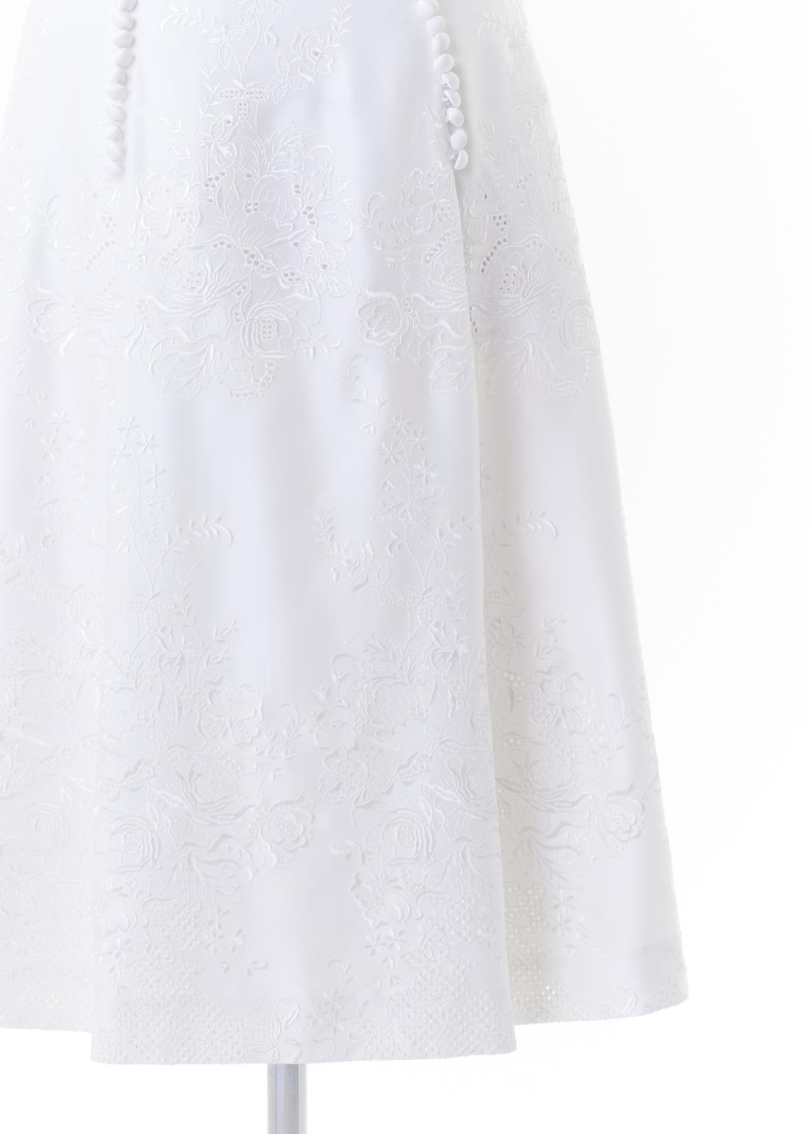花レース刺しゅうサイド釦フレアスカート