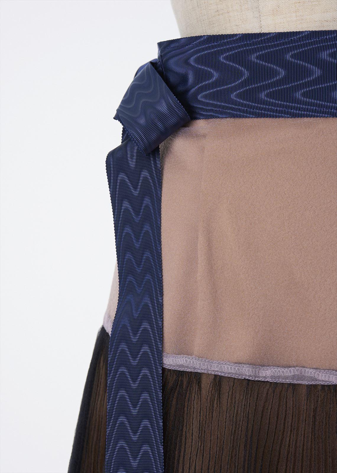 ウエストリボンプリーツスカート