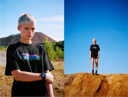 【RAISED BY WOLVES/レイズドバイウルブス】AURORA #2 T-SHIRT Tシャツ / BLACK