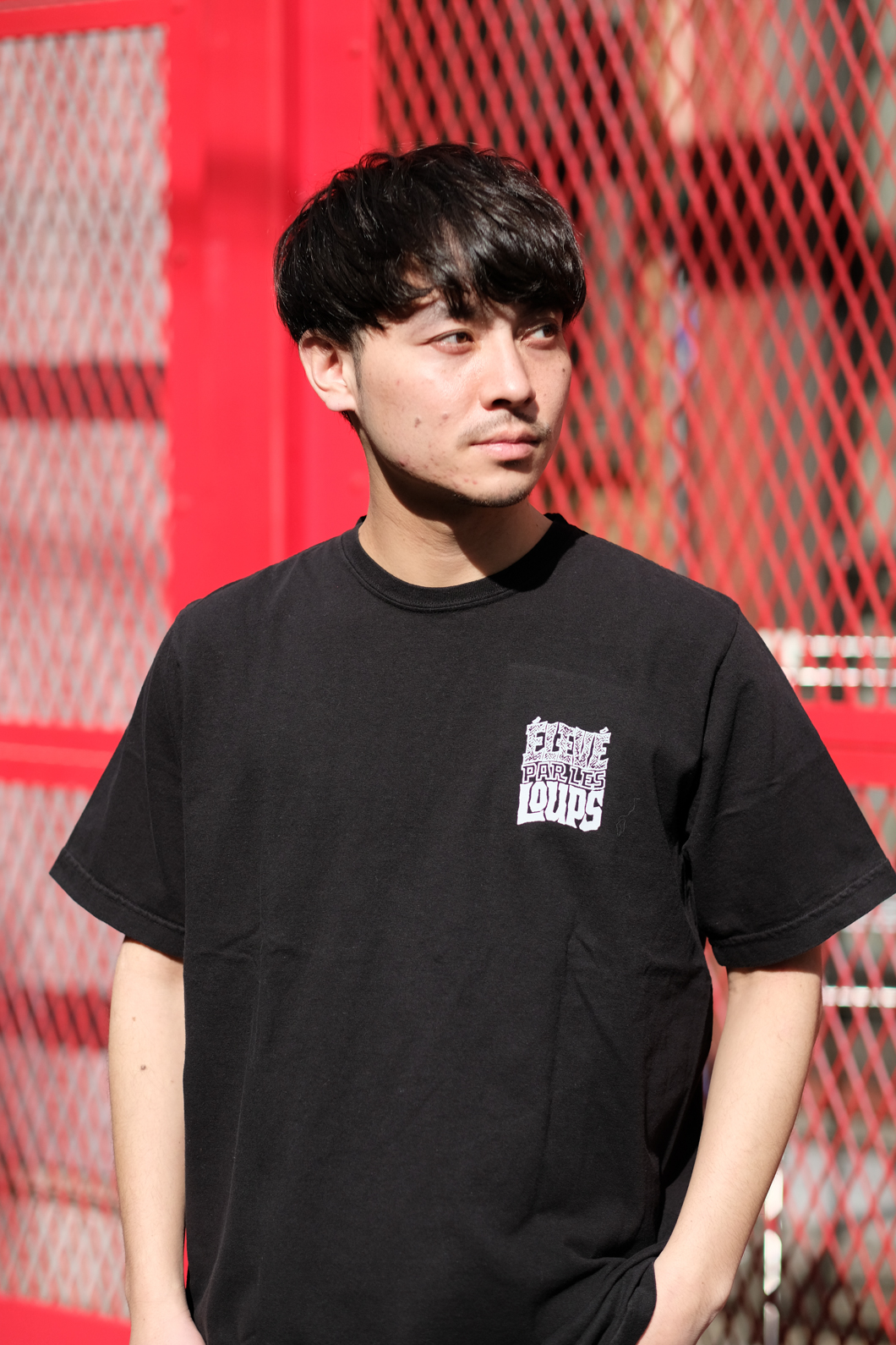 【RAISED BY WOLVES/レイズドバイウルブス】ELEVE PAR LES LOUPS TEE Tシャツ / BLACK